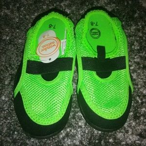 NWT Toddler Summer Water Beach Shoes